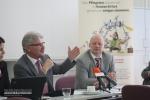 Volker Hädrich bei der Präsentation des Ersatzkonzeptes